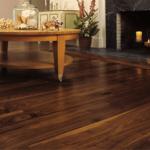Cách lựa chọn sàn nhựa hèm khóa vân gỗ phù hợp với từng không gian lắp đặt