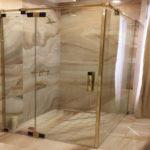 Vách kính phòng tắm khi sử dụng cần lưu ý những gì?